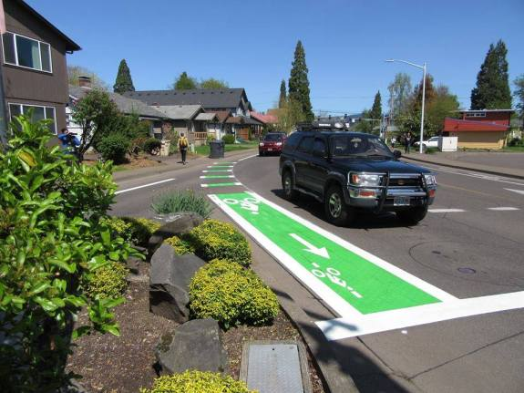 Corvallis' first green bike lane at Van Buren & Kings.