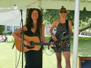 Cassandra Robertson & Wynter. Photo credit: Mina Carson.
